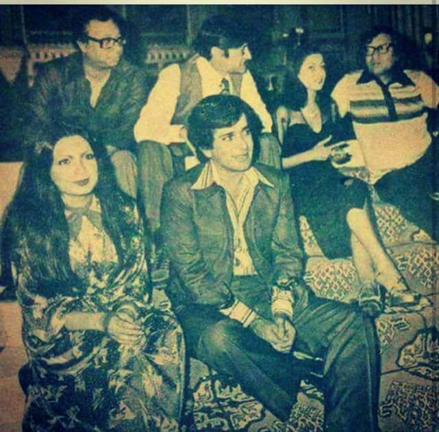 Shashi Kapoor's candid clicks. (Twitter@shashikapoorthelegend)
