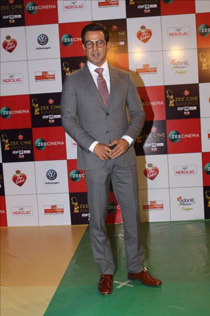 Actor Ronit Roy at the red carpet of