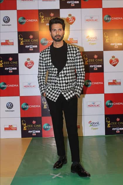 Actor Shahid Kapoor at the red carpet of