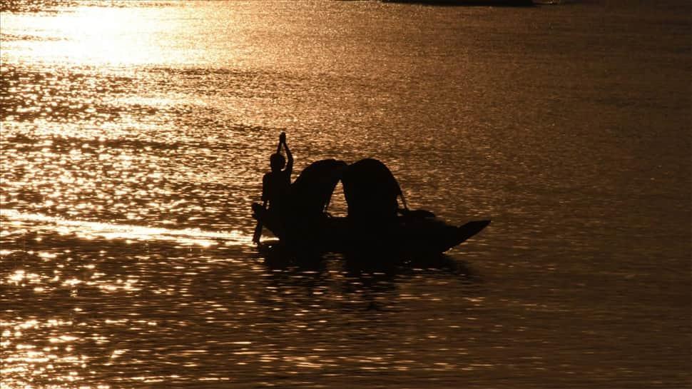 141 Kerala fishermen missing, 79 declared dead in Cyclone Ockhi