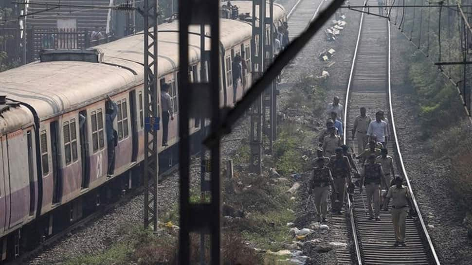 Mumbai: Suburban train services disrupted at Ghatkopar due to bandh called by Dalit outfits