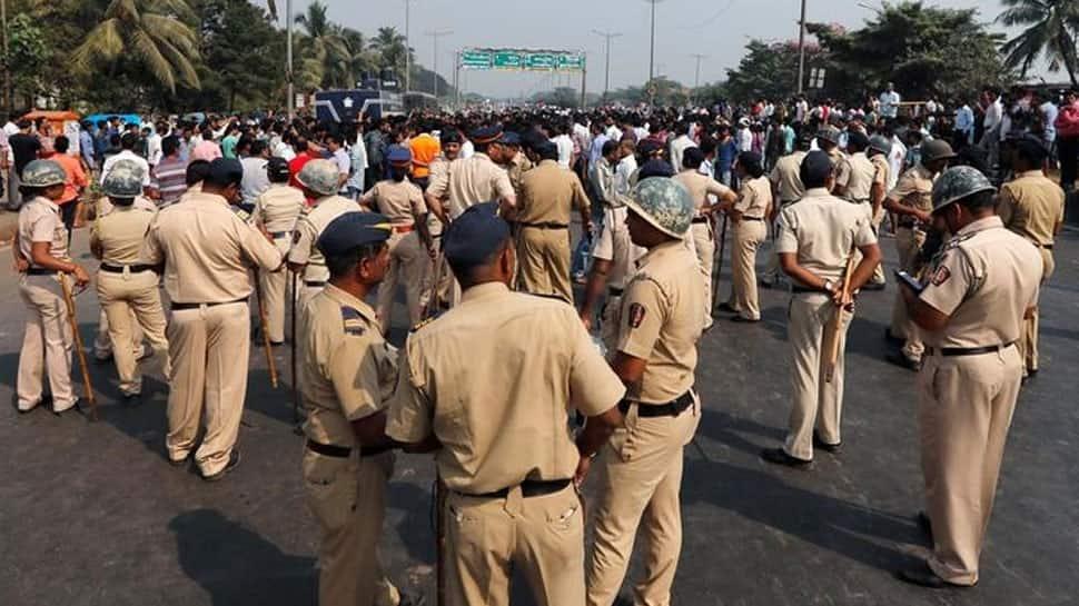 Mumbai: Rail services disrupted in Thane, Palghar due to Maharashtra bandh