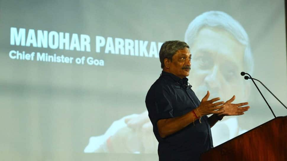 Goa govt working on legislation to ban binge, public drinking: Manohar Parrikar