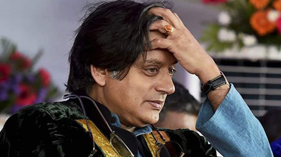 Amazing! A perfect English sentence that bowled over even Shashi Tharoor