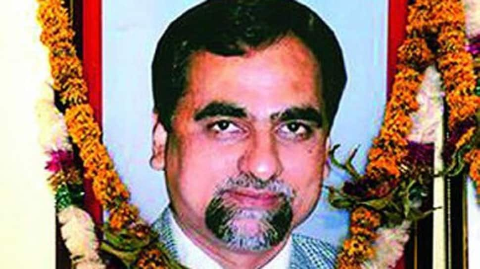 SC seeks autopsy report of Judge Loya from Maharashtra government