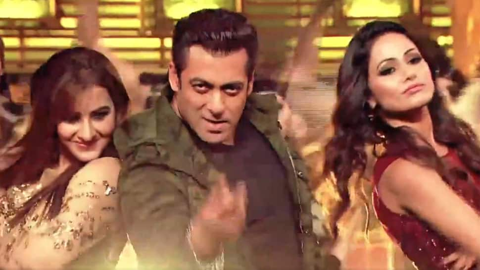 Bigg Boss 11: Salman Khan shakes a leg with finalists Hina Khan, Shilpa Shinde, Vikas Gupta and Puneesh Sharma – Watch
