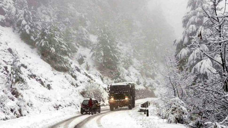 No respite from intense cold conditions in Kashmir; Kargil coldest at minus 19 degrees