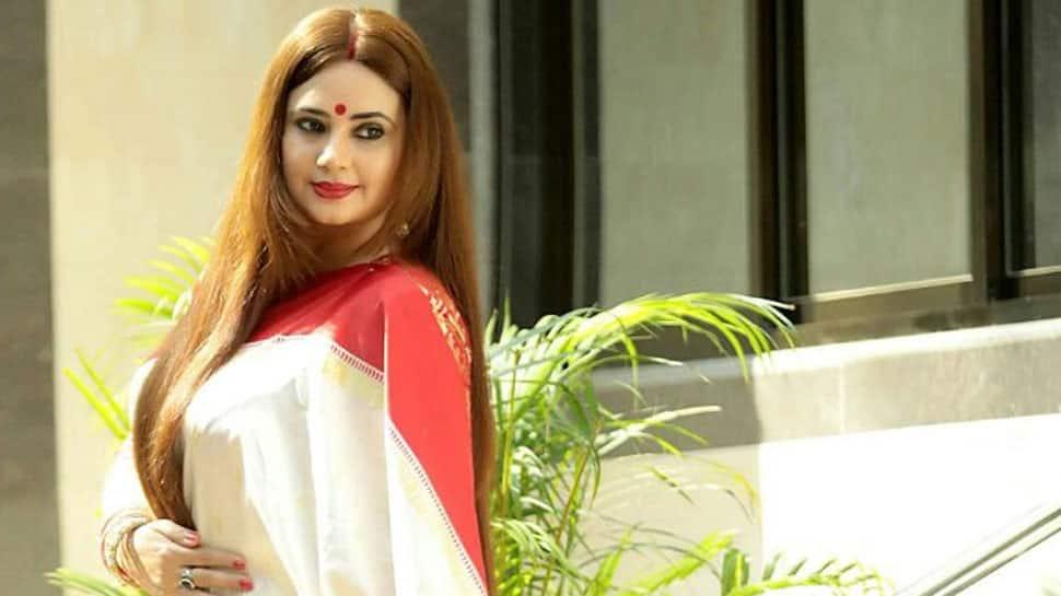 Janhvi a dedicated actor, says Shalini Kapoor