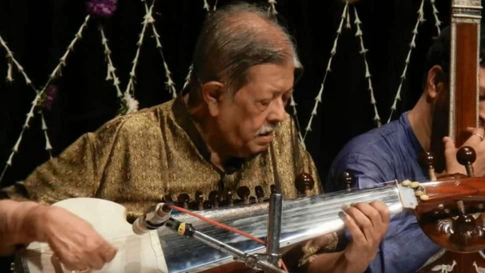 Noted Sarod player Pt Buddhadev Dasgupta no more, musicians mourn his death