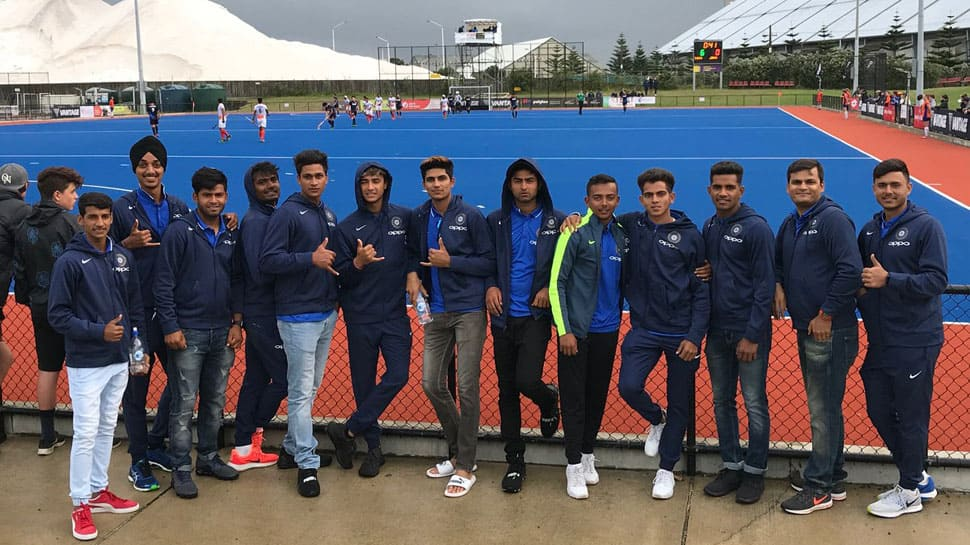 India's U-19 cricket World Cup squad cheers hockey team in New Zealand
