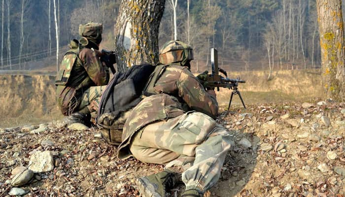 Ceasefire violation by Pakistan in RS Pura sector along LoC, 1 BSF jawan dead, retaliatory firing on