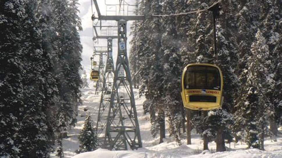 J&K: Swedish national killed in avalanche in Gulmarg, one missing skier found