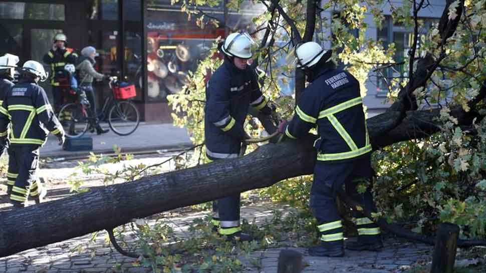 Storm kills 3 in the Netherlands, 2 in Germany; over 260 flights scrapped