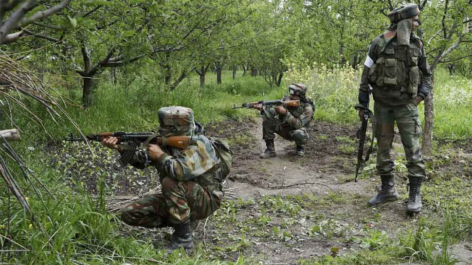 Pakistani troops resort to heavy firing in J&K's Akhnoor, RS Pura; 1 dead