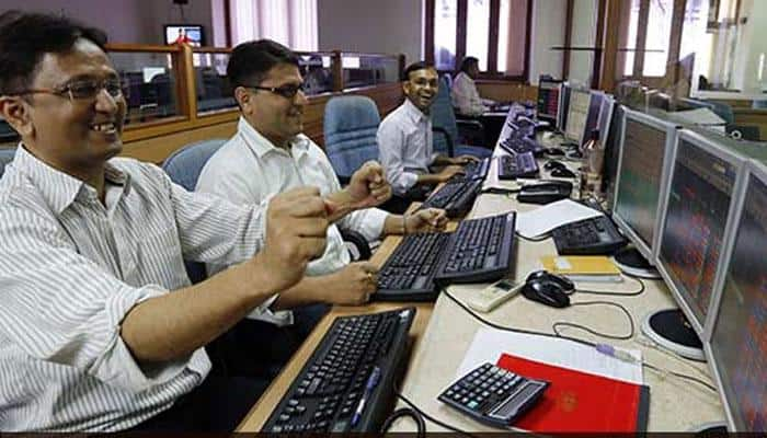 Sensex gains 286 points while Nifty peaks to 10,966; RIL, TCS gains lead
