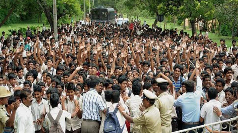 Karnataka bandh over Mahadayi water dispute; schools, offices to remain closed