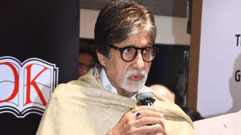 Amitabh Bachchan sings an A-Capella number