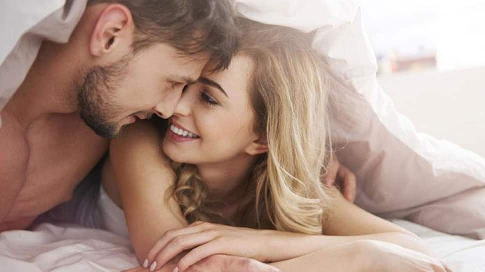 Lunar eclipse 2018: Planning to have sex tonight? Don't - here's why