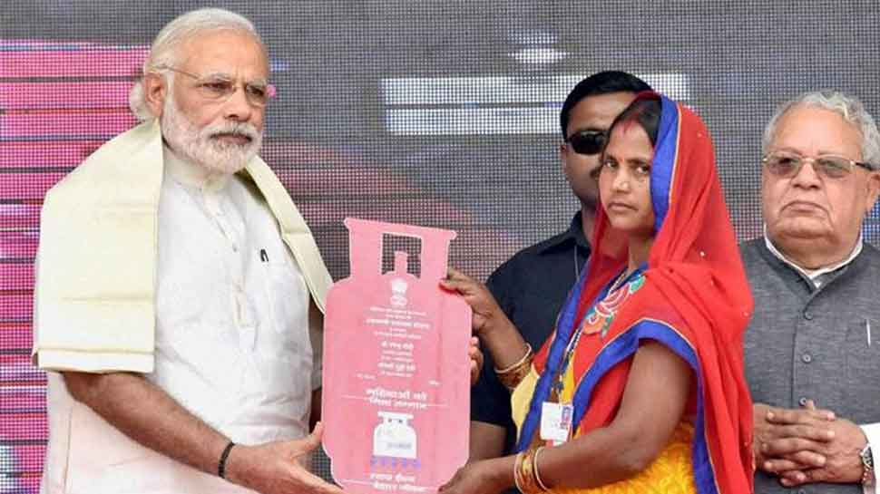 Ujjwala scheme expands ambit to take 8 cr poor women for LPG
