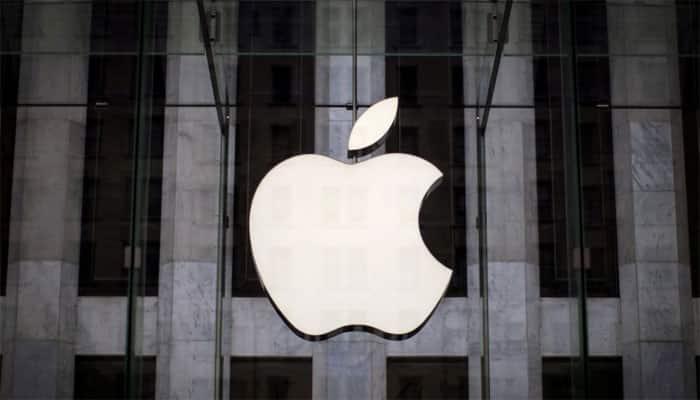 Holiday sales push Apple revenue to record $88.3 billion