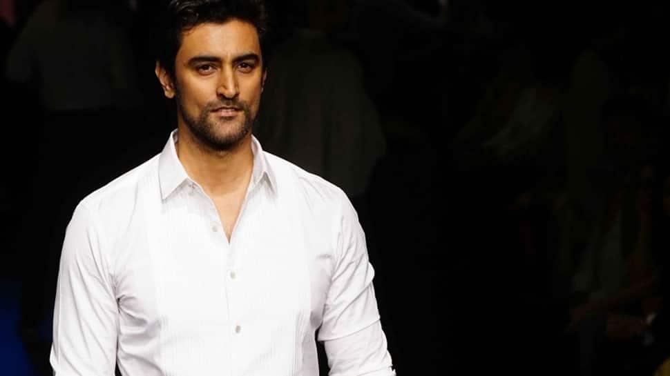 Akshay Kumar doesn't take his stardom seriously: Kunal Kapoor