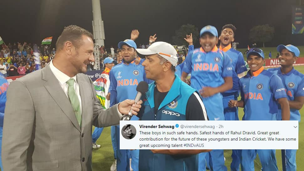 Rahul Dravid finally holds World Cup trophy and Twitter can't keep calm