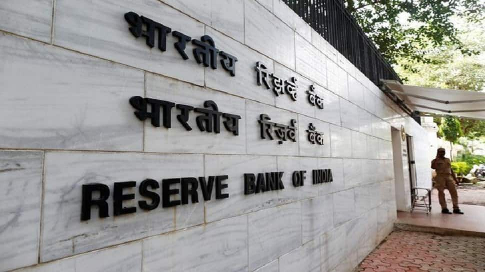 RBI, in careful balancing act, keeps repo rate unchanged