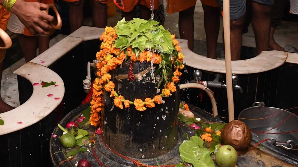 Maha Shivratri 2018: Chant these simple yet powerful mantras