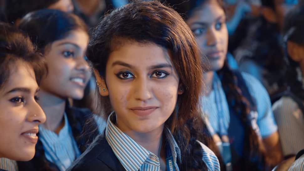 Priya Prakash's viral video makes her latest internet sensation—Watch why Twitterati is going gaga over it!