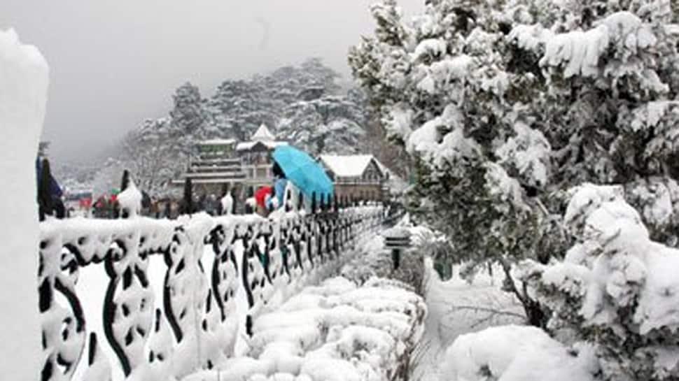 More snow in Shimla, Manali; traffic hampered