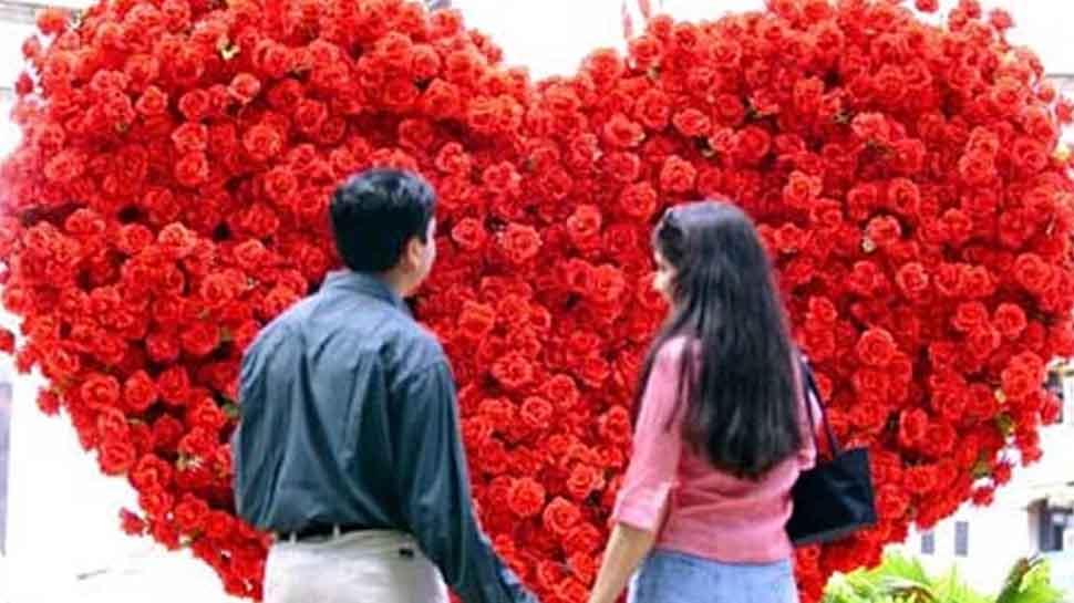 "Pakistan bans Valentine day, calls it ""un- islamic"""