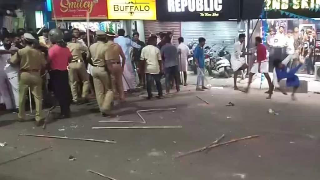 Kerala: Violent clashes between KSU, DYFI activists; several injured, vehicles damaged