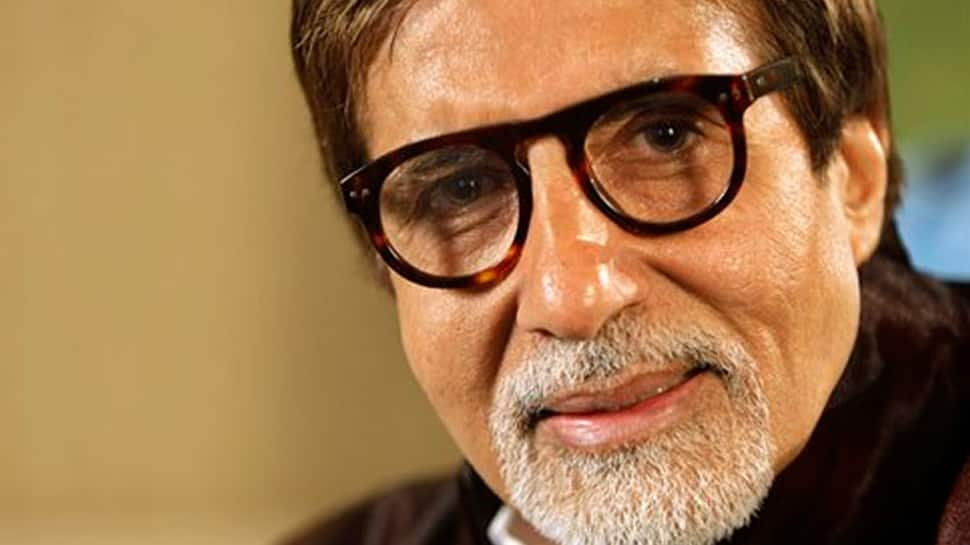 Amitabh Bachchan can do what Aamir Khan and Shahid Kapoor cannot, uploads 'resume'