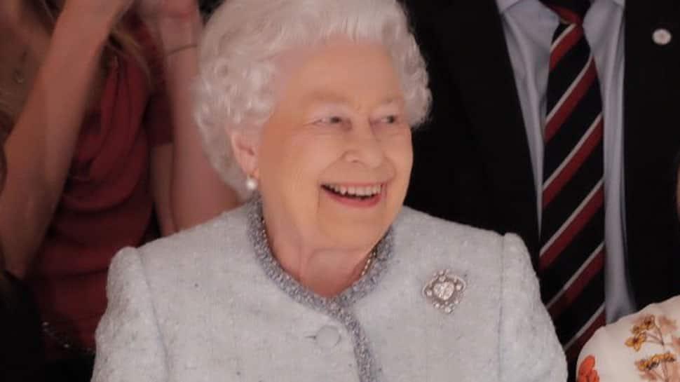 London Fashion Week: Queen Elizabeth makes surprise appearance