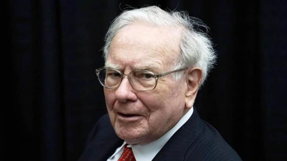 With $116 billion cash, Warren Buffett says Berkshire Hathaway needs 'huge acquisitions'