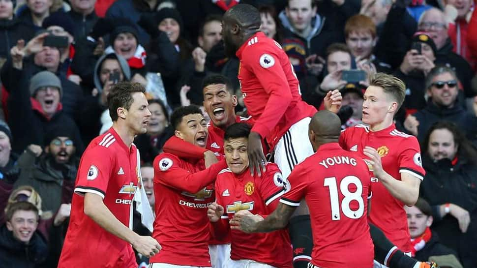 Premier League: Lukaku inspires Man Utd fightback to beat Chelsea