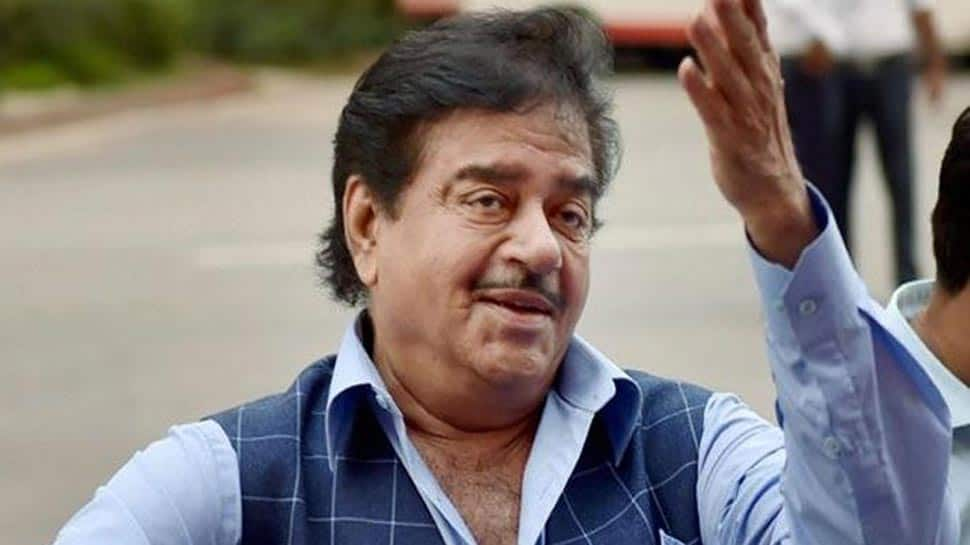 'Thank God they spared the peon': BJP MP Shatrughan Sinha's stinger at Modi government over PNB scam