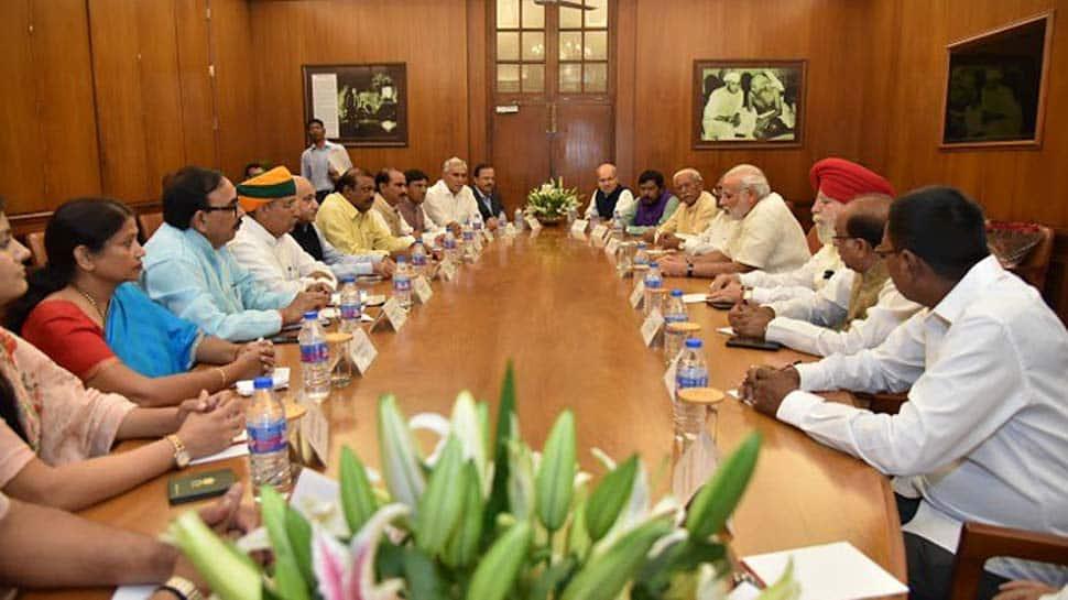 AAP vs bureaucrats: Delhi government officers to meet Ministers after weeklong boycott