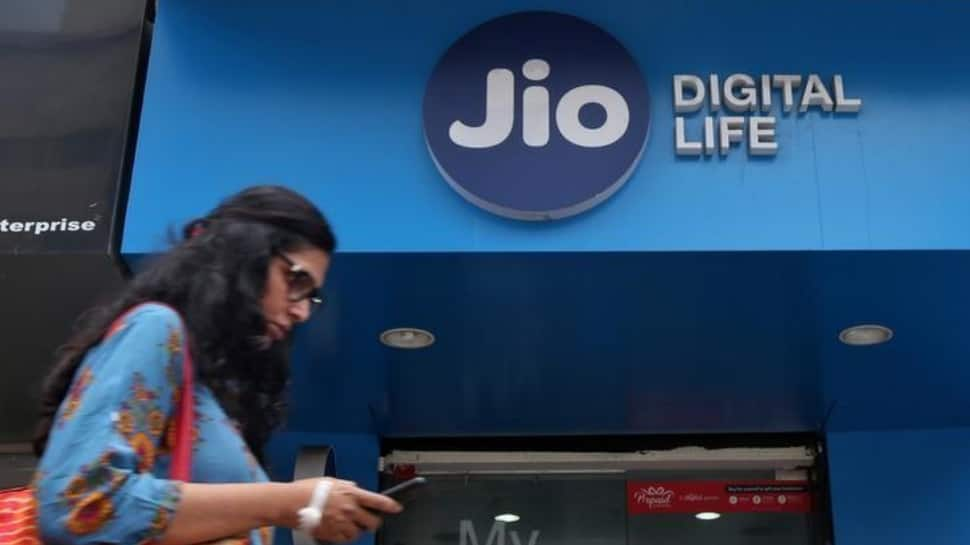 MWC 2018: Reliance Jio, Cisco wins best mobile operator service for consumers