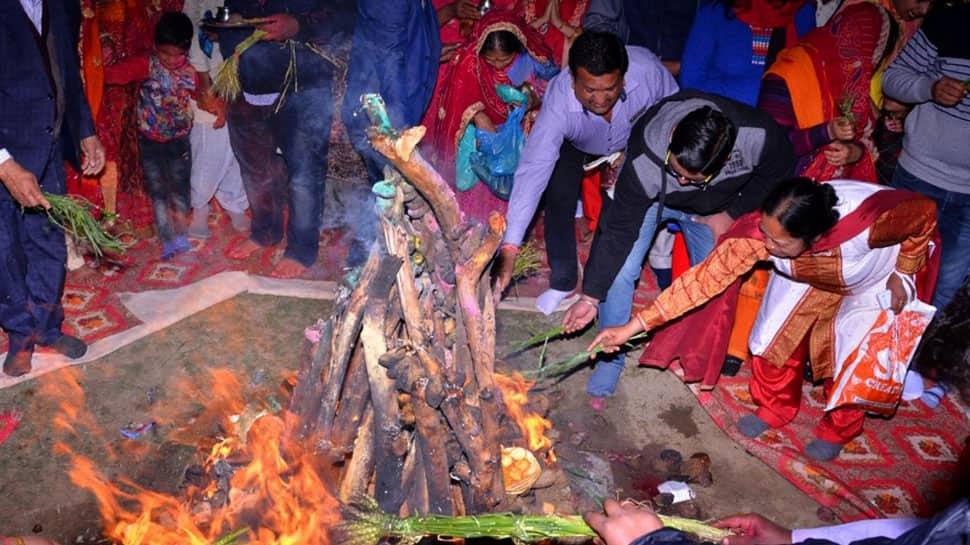 Holika Dahan 2018: Pujan Vidhi and Narasimha Maha Mantra
