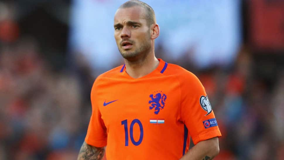 Dutch midfielder Wesley Sneijder calls time on international career