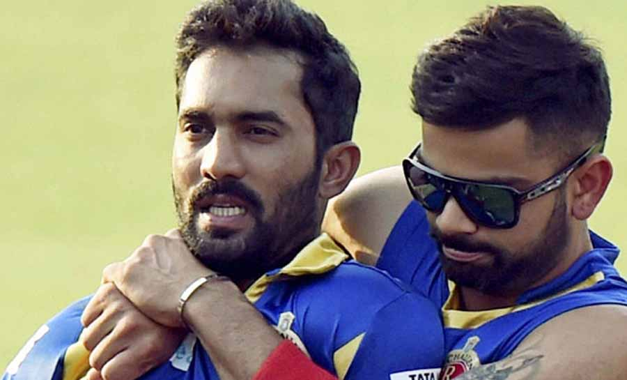 Will try to emulate Virat Kohli in leading from the front at Kolkata Knight Riders: Dinesh Karthik