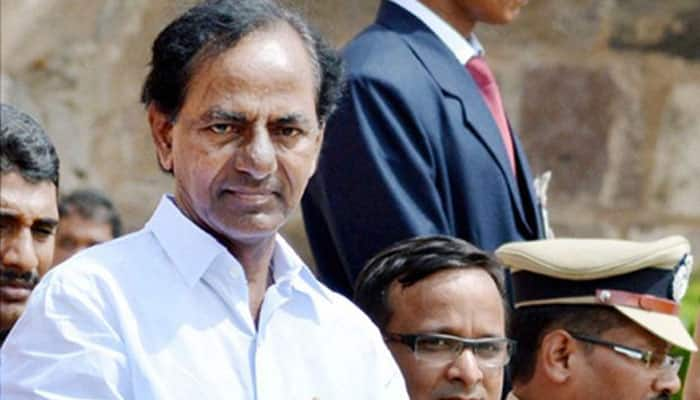 With support pouring in from all quarters, KCR to take idea of third front forward
