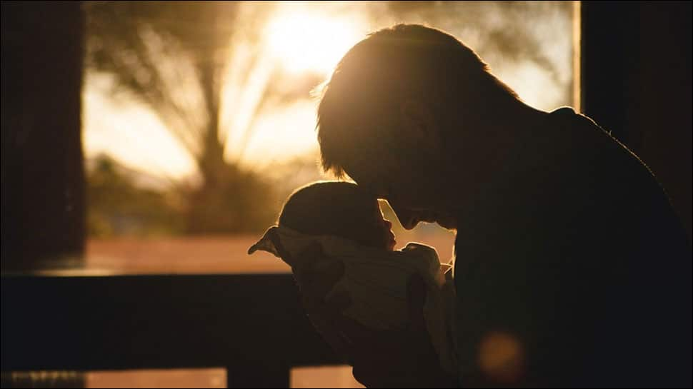 Babies resembling their fathers become healthier: Study