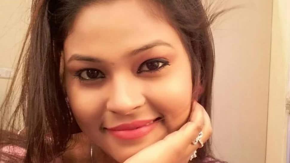 Bengali actress Moumita Saha found hanging from ceiling fan