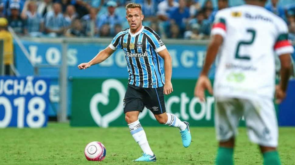 La Liga: Barcelona agree option to buy Brazilian star Arthur