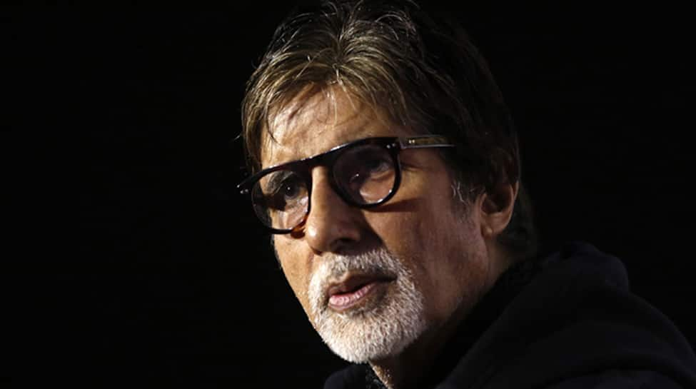 Fans in Allahabad perform prayers for Amitabh Bachchan's speedy recovery