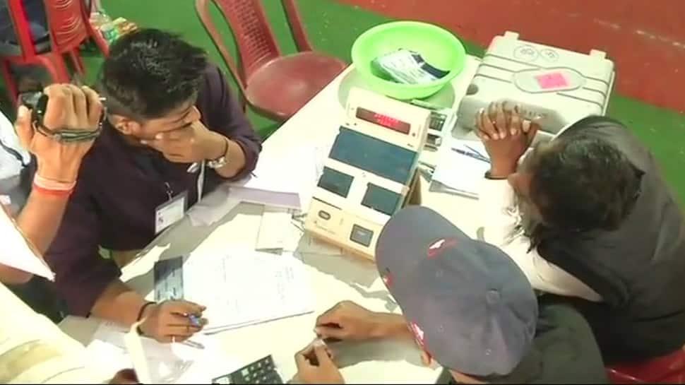 Uttar Pradesh, Bihar bypolls: BJP falls behind in Gorakhpur, Phulpur; set to make small gains in Bihar