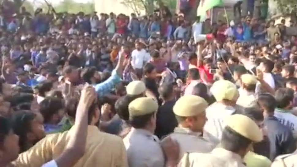 SSC exam scam: Congress President Rahul Gandhi meets protesters