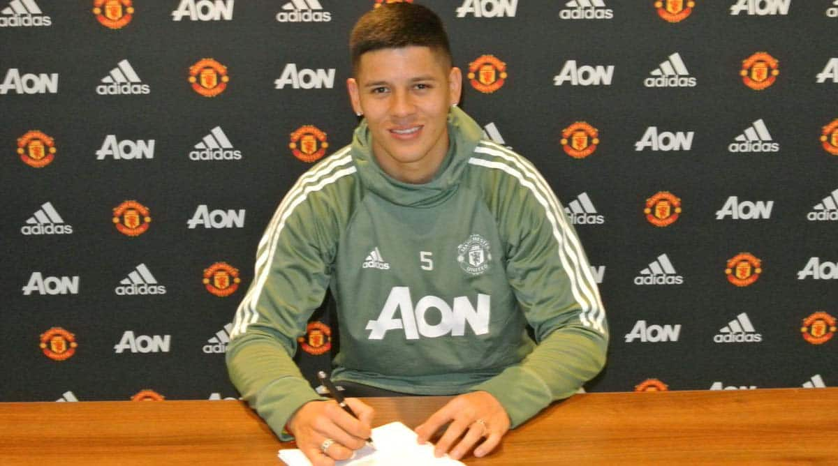 Defender Marcos Rojo extends contract to stay at Manchester United until 2021